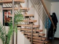 nerez schodnice,zábradlí nohy o30 výplň o10 madlo dřevo